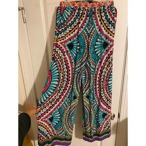 Printed flowy pants